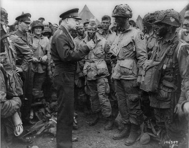 Eisenhower_d-day