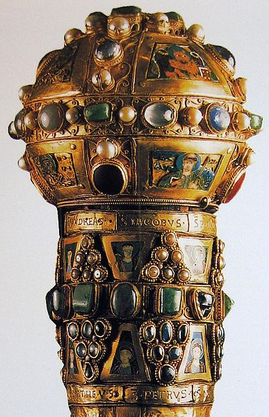 387px-Staff-reliquary_of_St_Peter